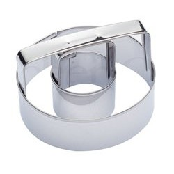 Emporte pièce Donuts ou biscuit en anneau - 8cm