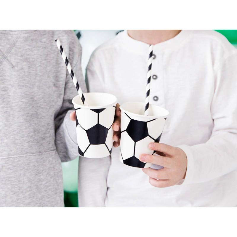 Cups soccer