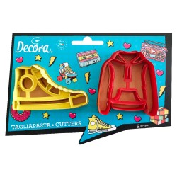 cookie cutters, teenager, teen, shoe, sweatshirt, cookies
