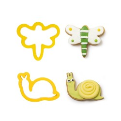 """Cookie Cutters """"Dragonfly and Snail"""" in plastic"""