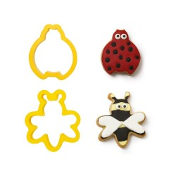 """Cookie Cutters """"Ladybug and Bee"""" in plastic"""