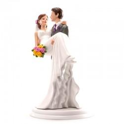 """Figurine mariage """"Dans les bras"""", figurine mariage, figurine mariage le marié porte la mariée,"""