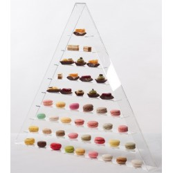 Macaroons pyramidal display